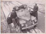 1952-89jowettjavelinfrankandlolagroundsjackhay-150x113